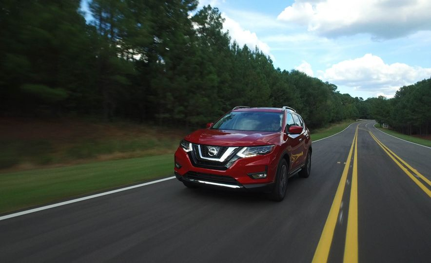 2017 Nissan Rogue hybrid - Slide 12