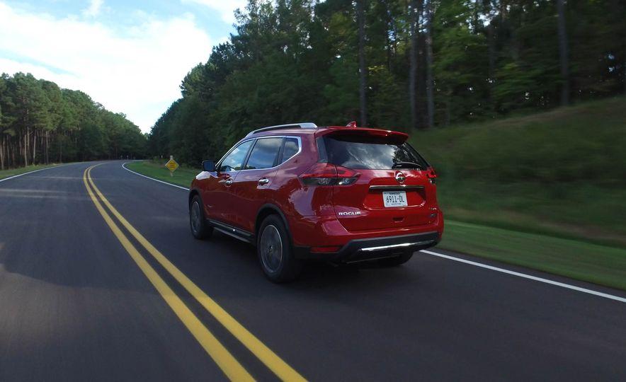 2017 Nissan Rogue hybrid - Slide 13