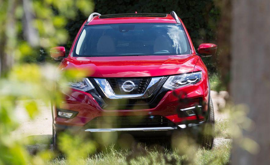 2017 Nissan Rogue hybrid - Slide 19