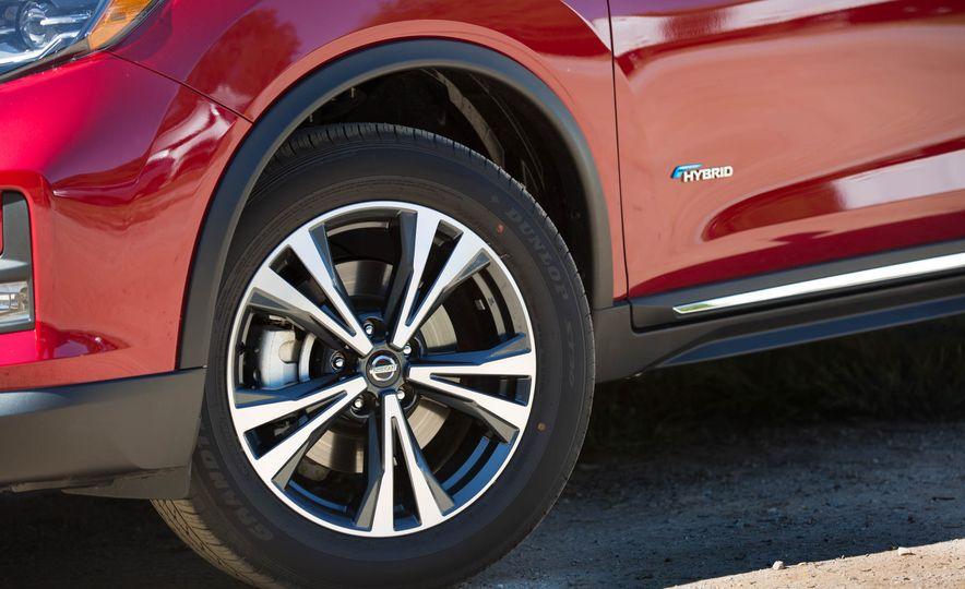 2017 Nissan Rogue hybrid - Slide 27