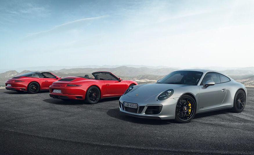 2017 Porsche 911 GTS - Slide 1