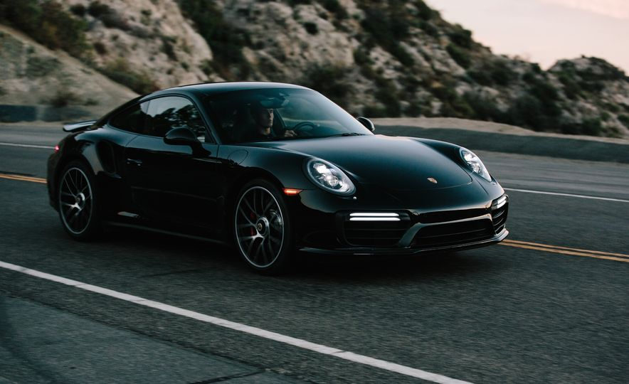 2017 Porsche 911 Turbo - Slide 5