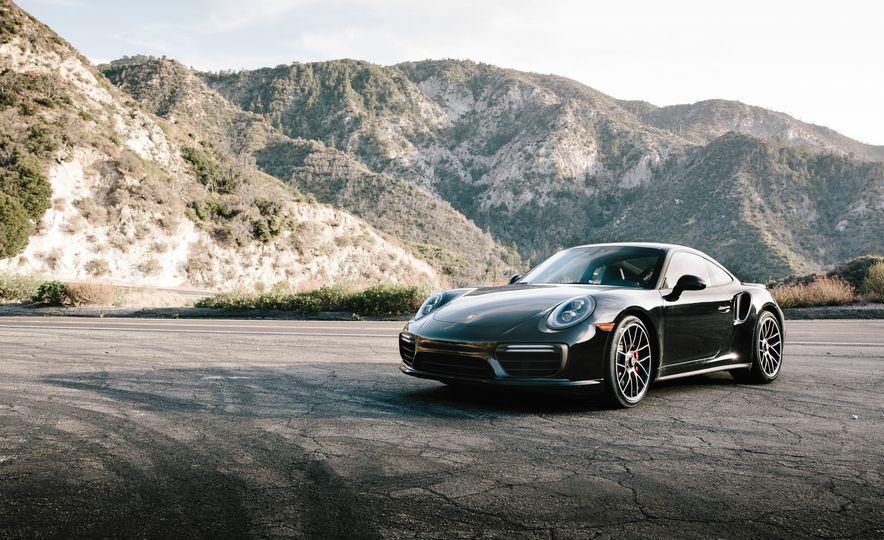 2017 Porsche 911 Turbo - Slide 1