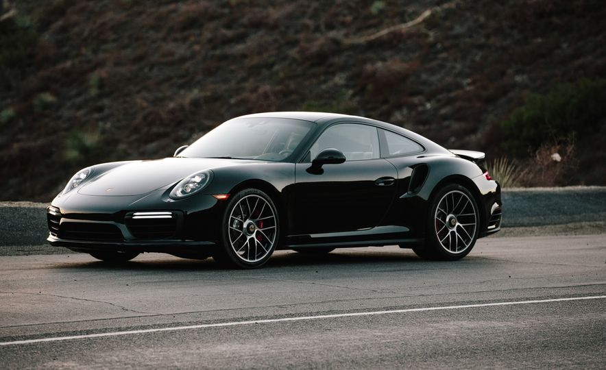 2017 Porsche 911 Turbo - Slide 11