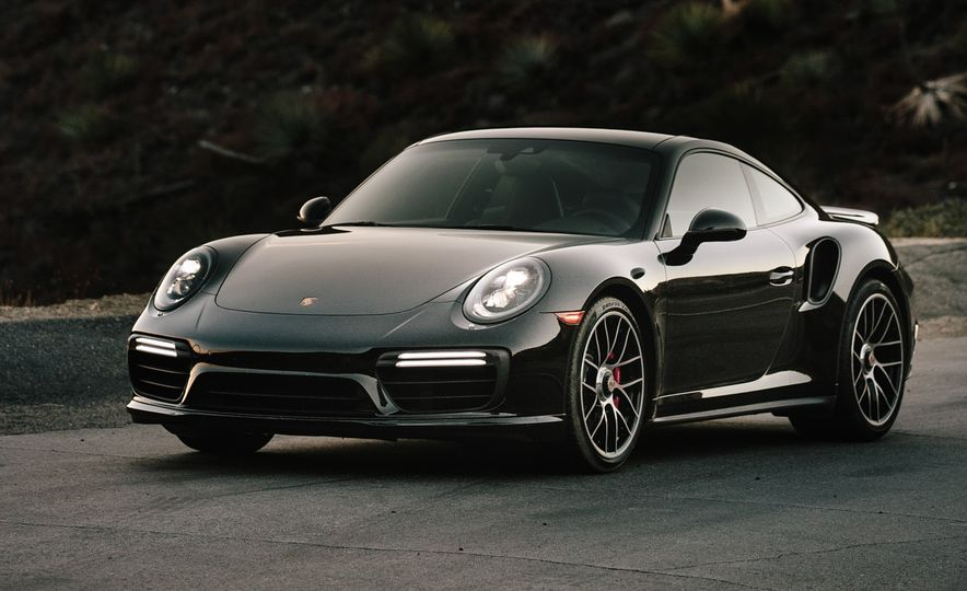 2017 Porsche 911 Turbo - Slide 12