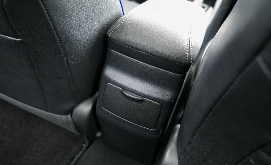 2017 Toyota Corolla XSE - Slide 63