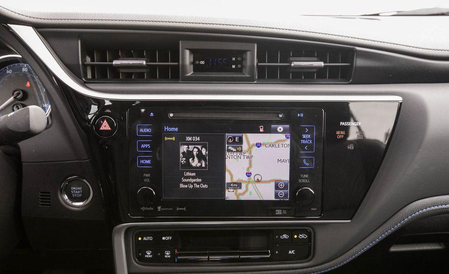 2017 Toyota Corolla XSE - Slide 82