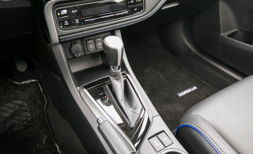 2017 Toyota Corolla XSE - Slide 90