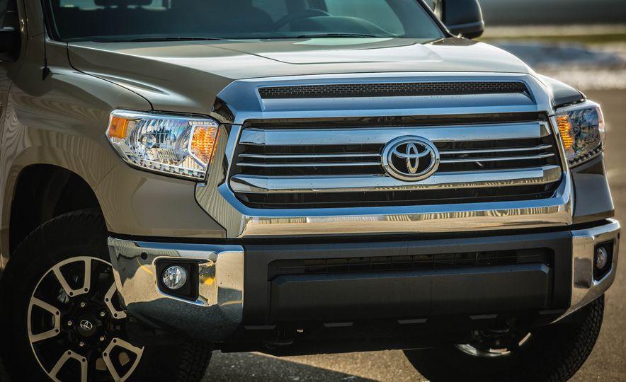 2017 Toyota Tundra TRD - Slide 14