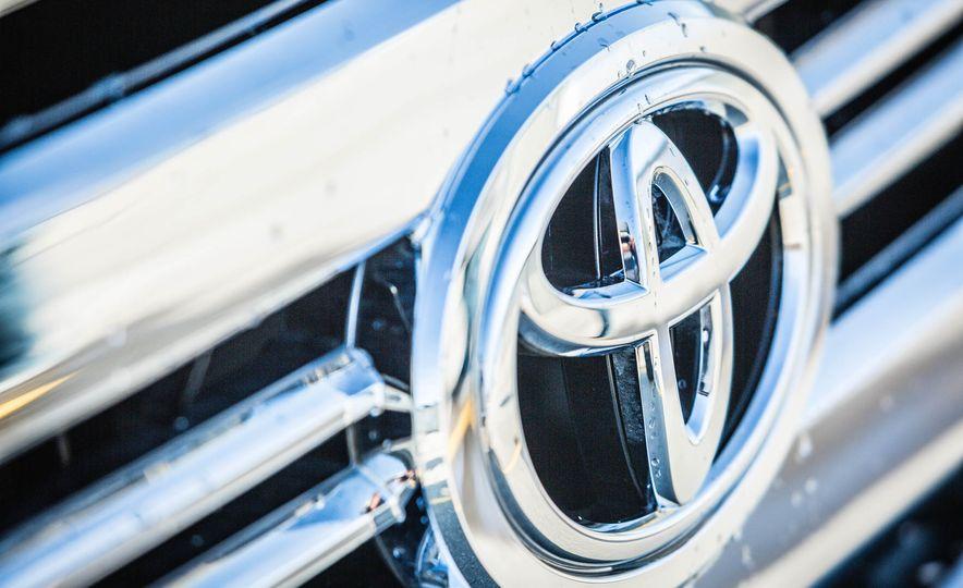 2017 Toyota Tundra TRD - Slide 19