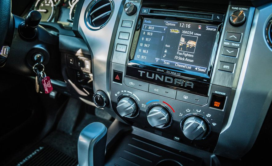 2017 Toyota Tundra TRD - Slide 28