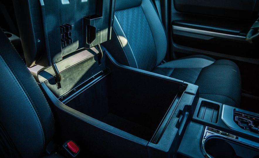 2017 Toyota Tundra TRD - Slide 31