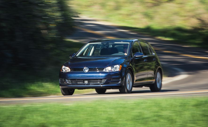 2017 Volkswagen Golf 1.8T TSI - Slide 1