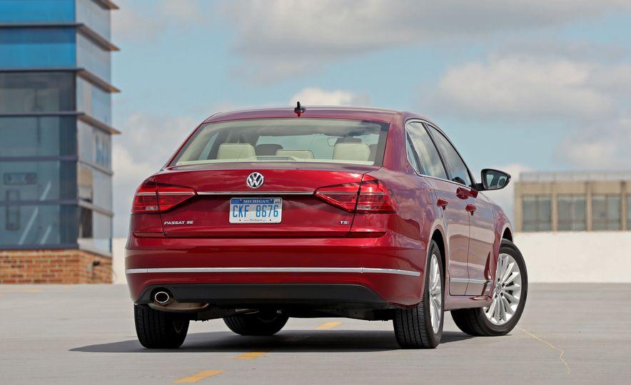 2017 Volkswagen Passat – Engine and Transmission - Slide 39