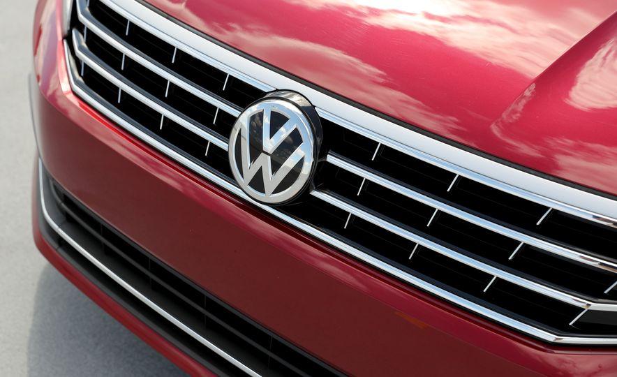 2017 Volkswagen Passat – Engine and Transmission - Slide 43