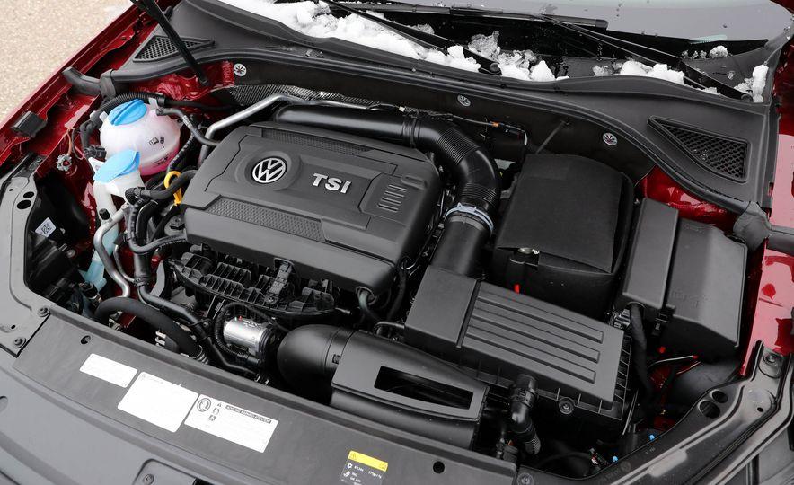 2017 Volkswagen Passat SE - Slide 46