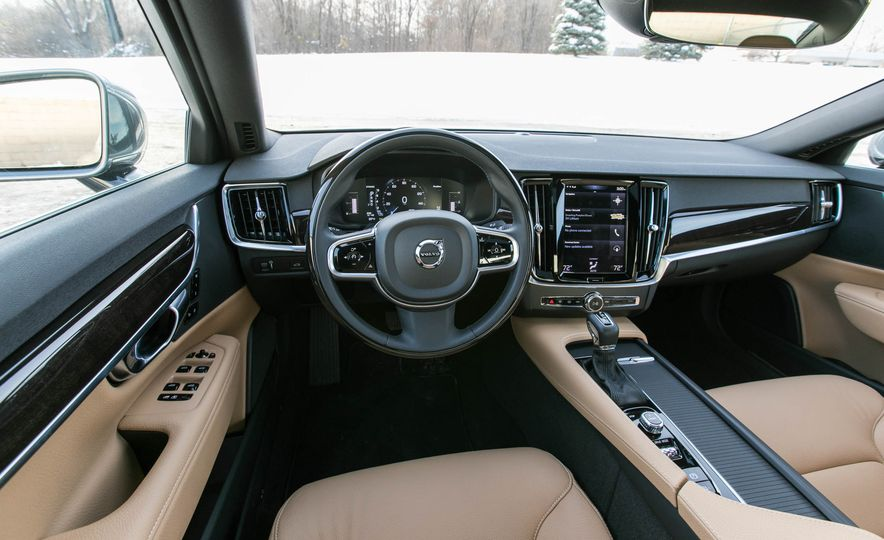 2017 Volvo S90 T5 FWD - Slide 27