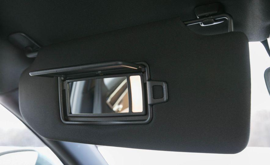 2017 Volvo S90 T5 FWD - Slide 57