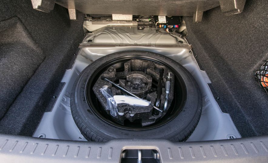 2017 Volvo S90 T5 FWD - Slide 73