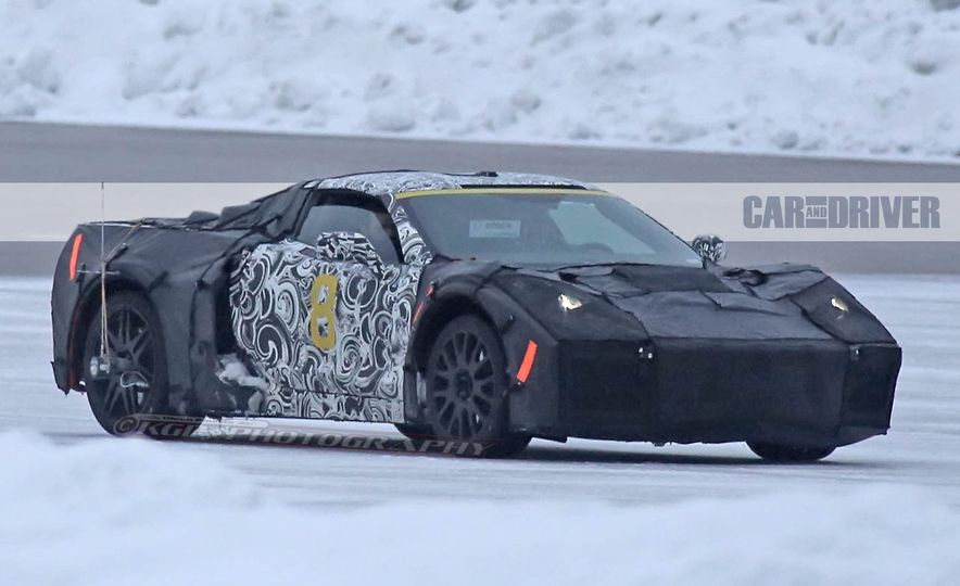 2019 Chevrolet Corvette C8 and 2018 Chevrolet Corvette ZR1 (spy photo) - Slide 6