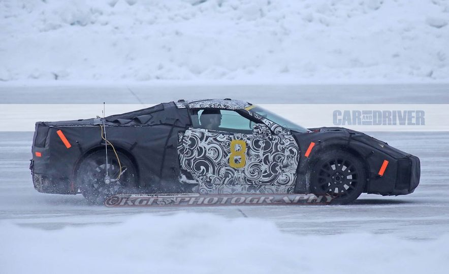 2019 Chevrolet Corvette C8 and 2018 Chevrolet Corvette ZR1 (spy photo) - Slide 14