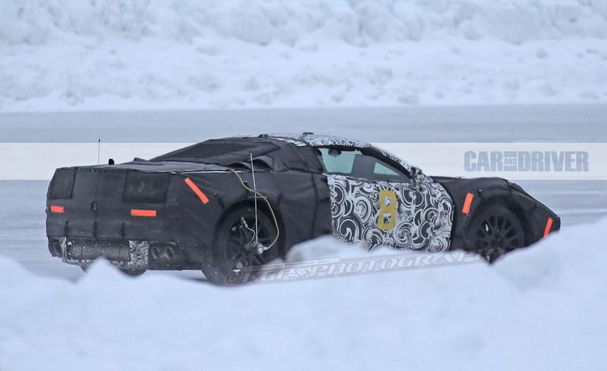 2019 Chevrolet Corvette C8 and 2018 Chevrolet Corvette ZR1 (spy photo) - Slide 17