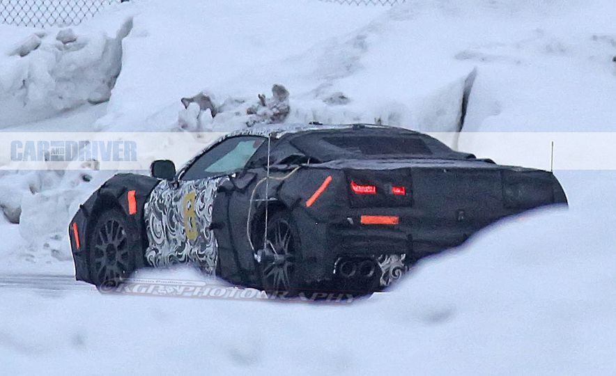 2019 Chevrolet Corvette C8 and 2018 Chevrolet Corvette ZR1 (spy photo) - Slide 20