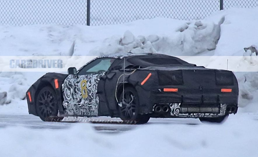 2019 Chevrolet Corvette C8 and 2018 Chevrolet Corvette ZR1 (spy photo) - Slide 21