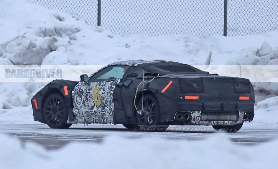 2019 Chevrolet Corvette C8 and 2018 Chevrolet Corvette ZR1 (spy photo) - Slide 22