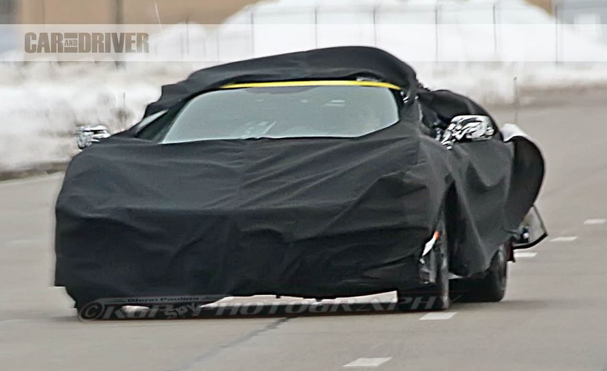 2019 Chevrolet Corvette C8 and 2018 Chevrolet Corvette ZR1 (spy photo) - Slide 26