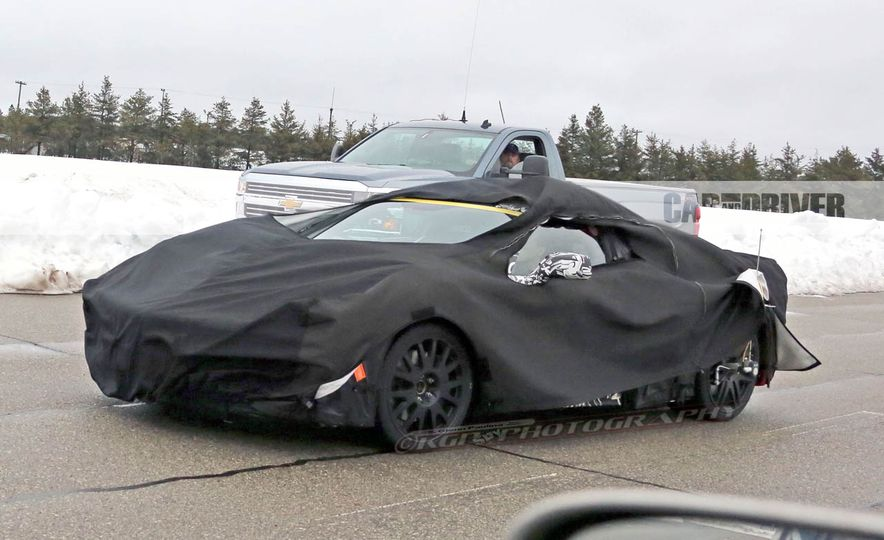 2019 Chevrolet Corvette C8 and 2018 Chevrolet Corvette ZR1 (spy photo) - Slide 28