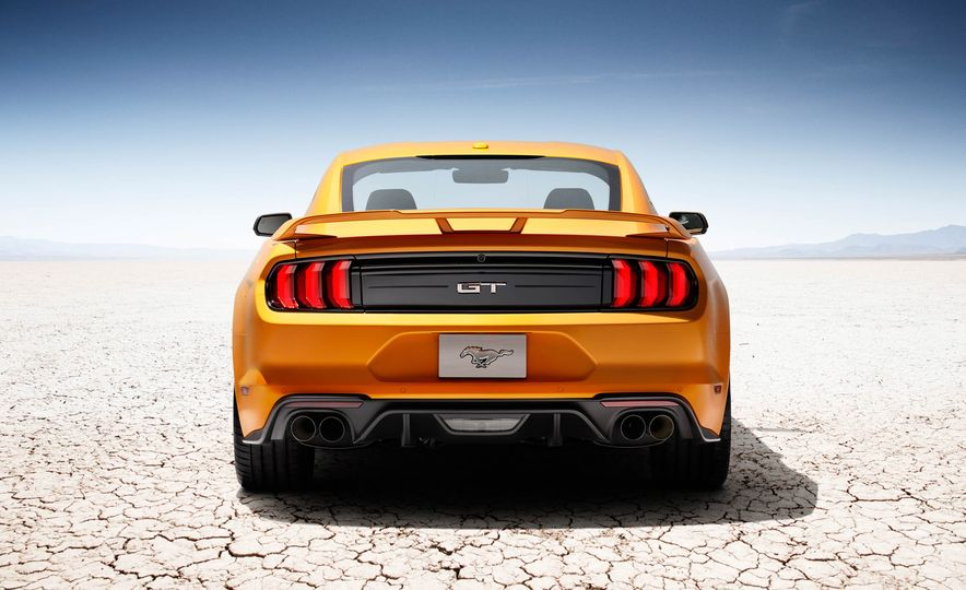 2018 Ford Mustang GT convertible - Slide 7