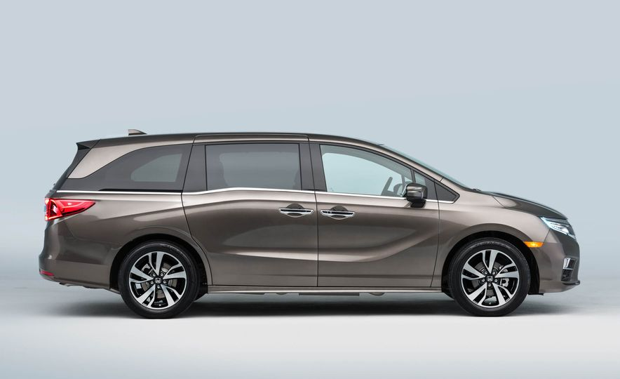 2018 Honda Odyssey - Slide 14