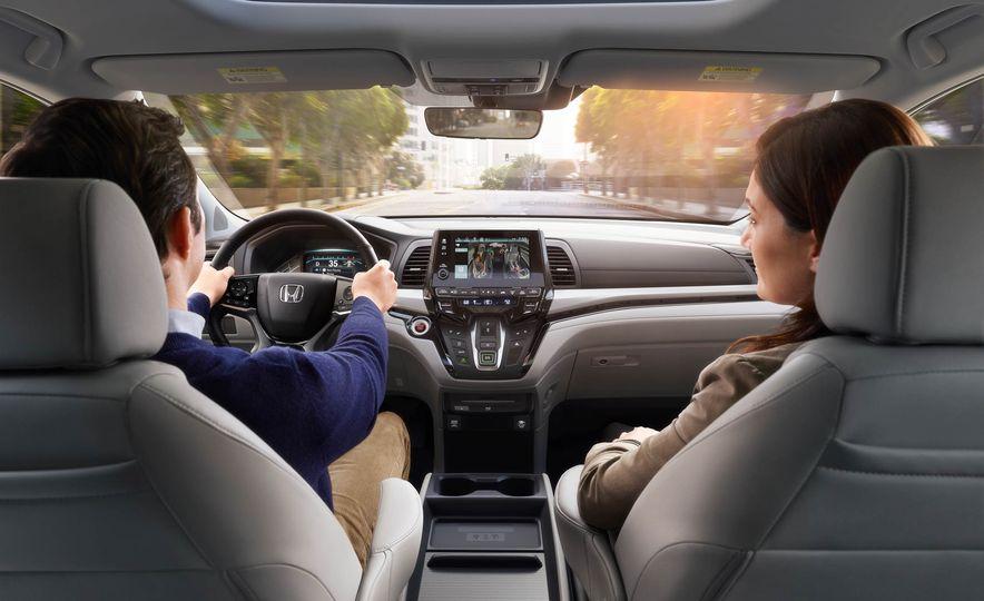 2018 Honda Odyssey - Slide 20