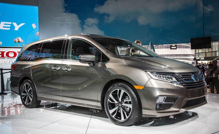 2018 Honda Odyssey - Slide 2