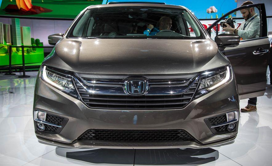 2018 Honda Odyssey - Slide 3