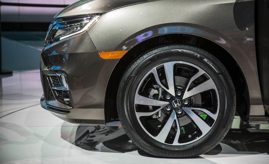 2018 Honda Odyssey - Slide 5