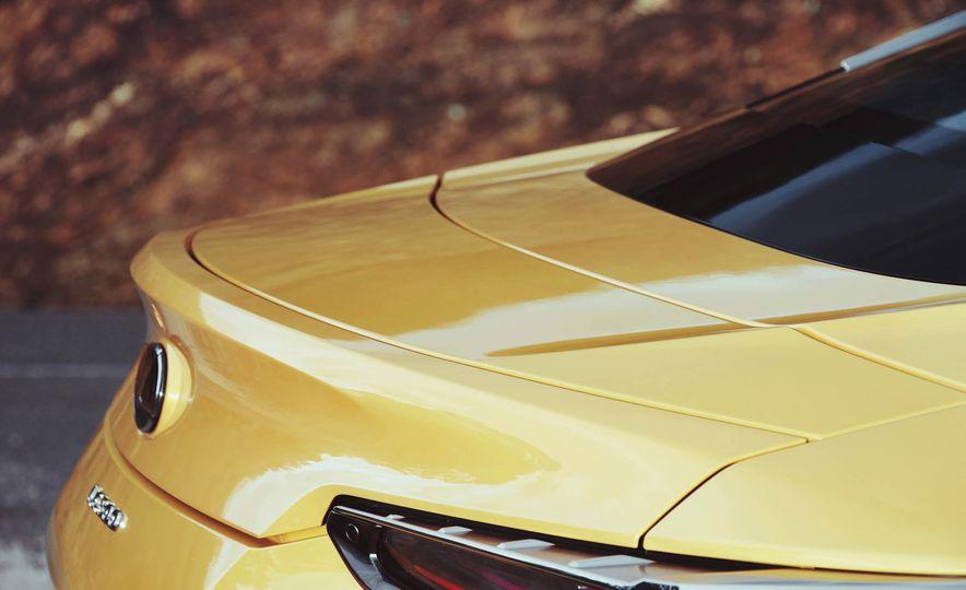 2018 Lexus LC500 - Slide 15