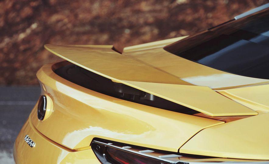 2018 Lexus LC500 - Slide 16