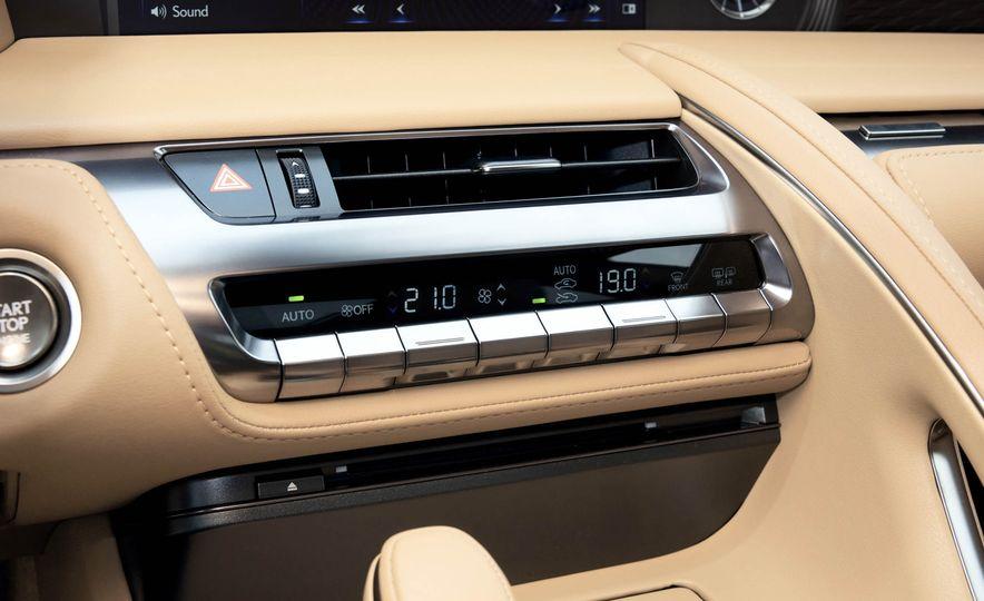 2018 Lexus LC500 - Slide 19