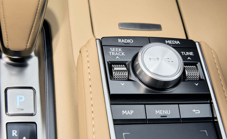 2018 Lexus LC500 - Slide 21