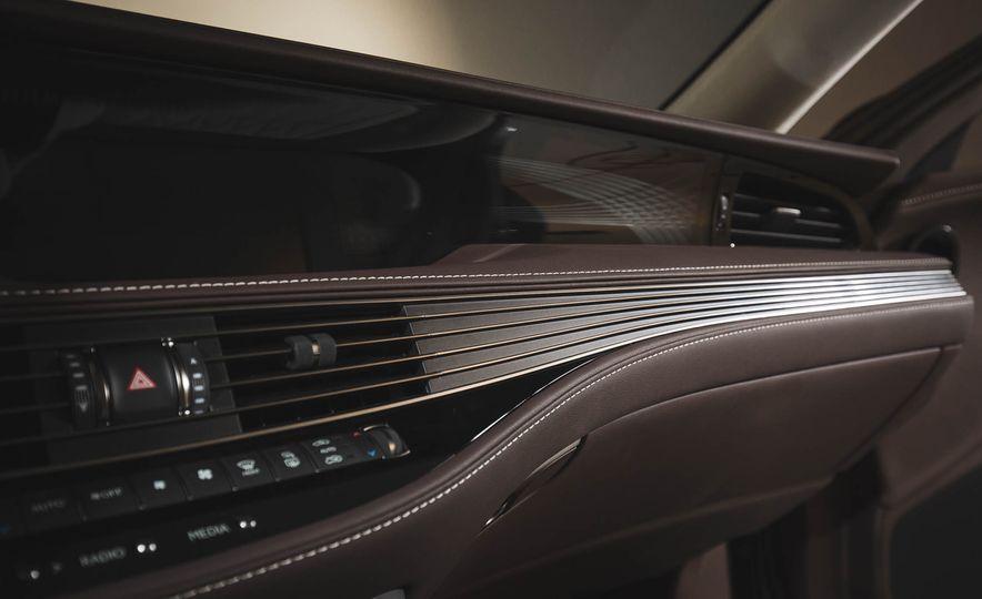 2018 Lexus LS 500 - Slide 48