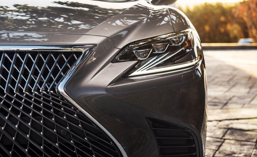 2018 Lexus LS 500 - Slide 60