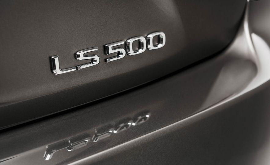 2018 Lexus LS 500 - Slide 68