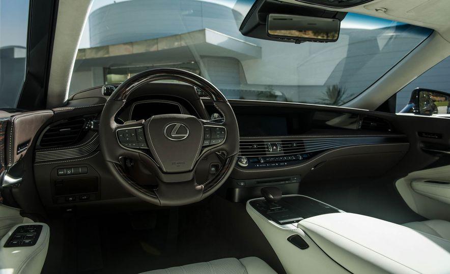 2018 Lexus LS 500 - Slide 69