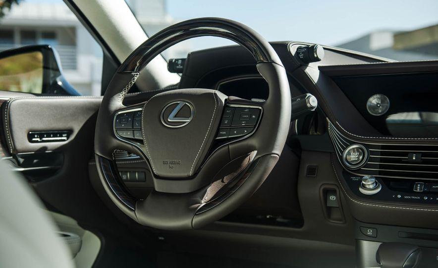 2018 Lexus LS 500 - Slide 70