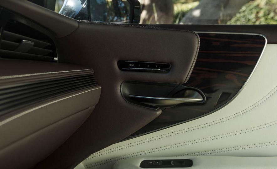 2018 Lexus LS 500 - Slide 73