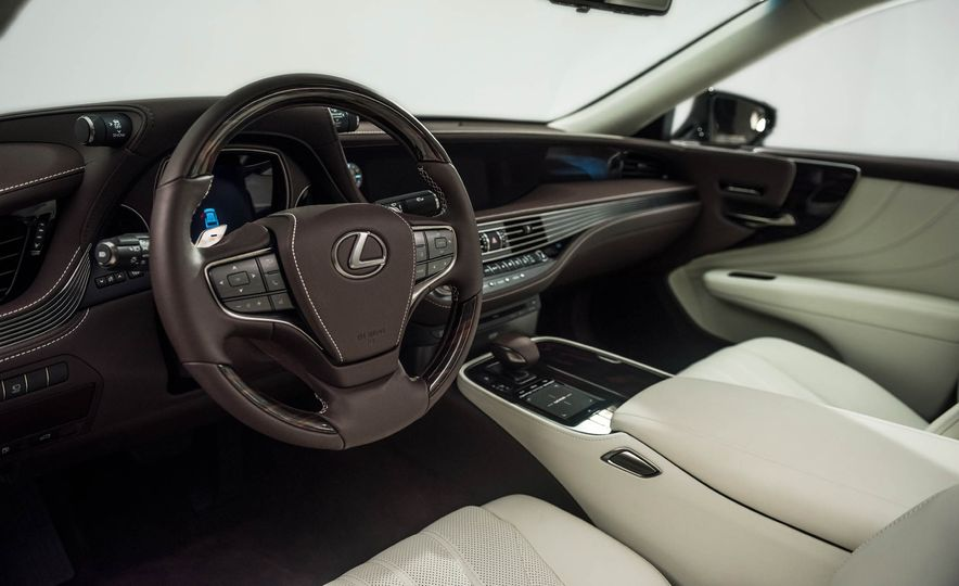 2018 Lexus LS 500 - Slide 74