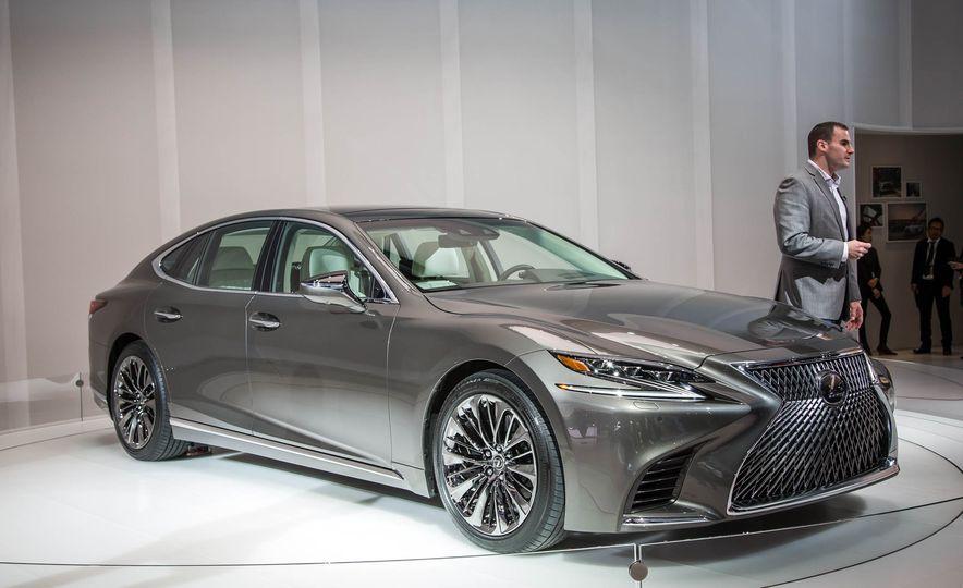 2018 Lexus LS 500 - Slide 4
