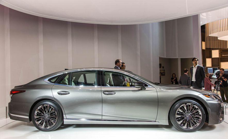 2018 Lexus LS 500 - Slide 5